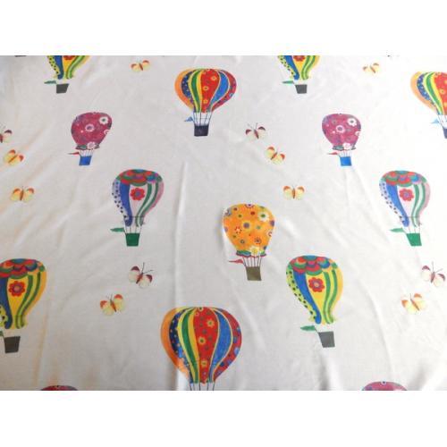 Voálová záclona s dětským vzorem Balóny