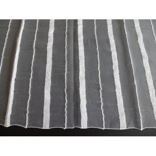 Krešovaná záclona s pruhy Exclusive Valery 01 bílá