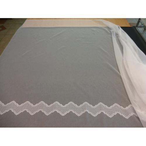 Záclona s okrasnou bordurou BATIST 353/160 bílá