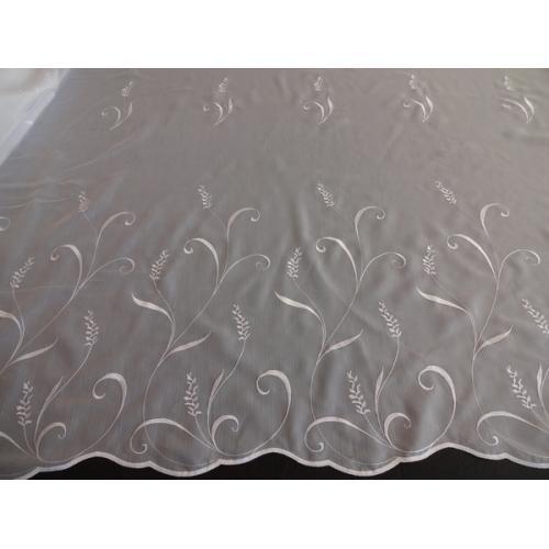 Bílá voálová záclona Batist Klásky s bordurou 10215/160