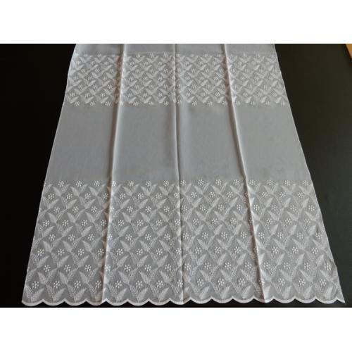 Vyšívaná záclona s bordurou H3/845 bílá