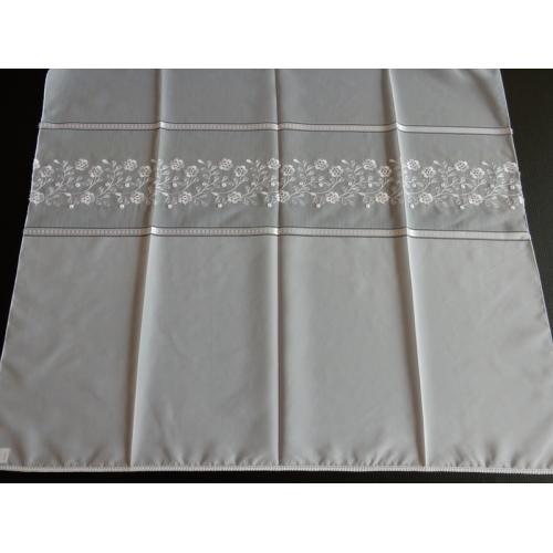 Vyšívaná záclona s bordurou H1/147 bílá