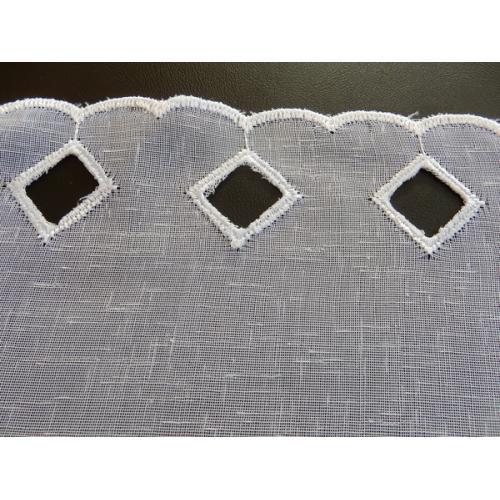 Krátká vitrážová záclona na tyčku 90cm BATIST V309 bílá