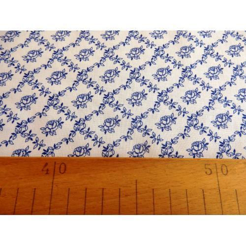 Dekorační bavlněná látka kytičky modro-bílé III